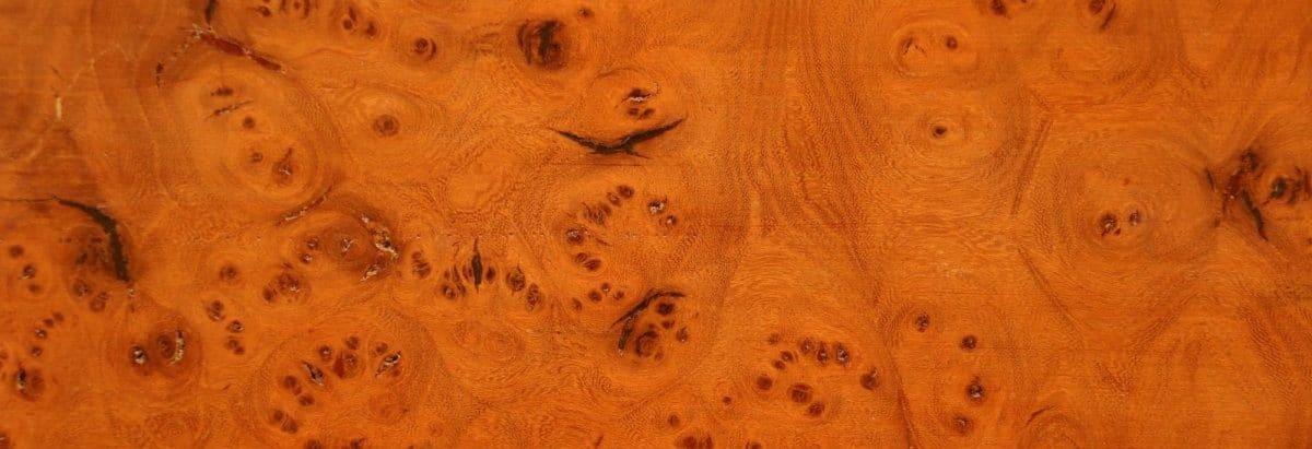 bois acajou ancien