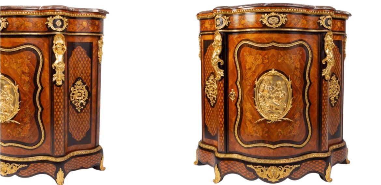 Meuble à hauteur d'appui galbé en placage de bois de rose