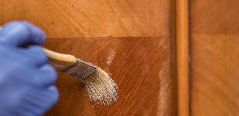 Cirage bois meuble ancien