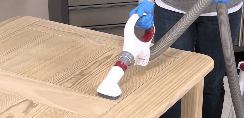 Nettoyer un meuble